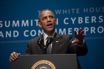 Барак Обама во время выступления в Стэнфордском университете
