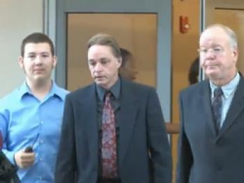 США: пациент засудил хирурга за 8-месячную эрекцию