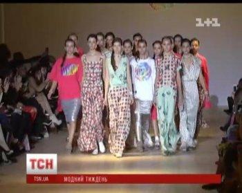 Лилия Пустовит на UFW поразила нежными платьями в пастельных тонах
